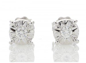 9ct White Gold Single Stone Claw Set Diamond Earring 0.10 Carats
