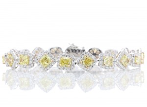 18ct White Gold Fancy Colour Diamond Tennis Bracelet